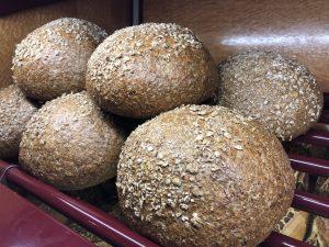 Grijs_bruin brood